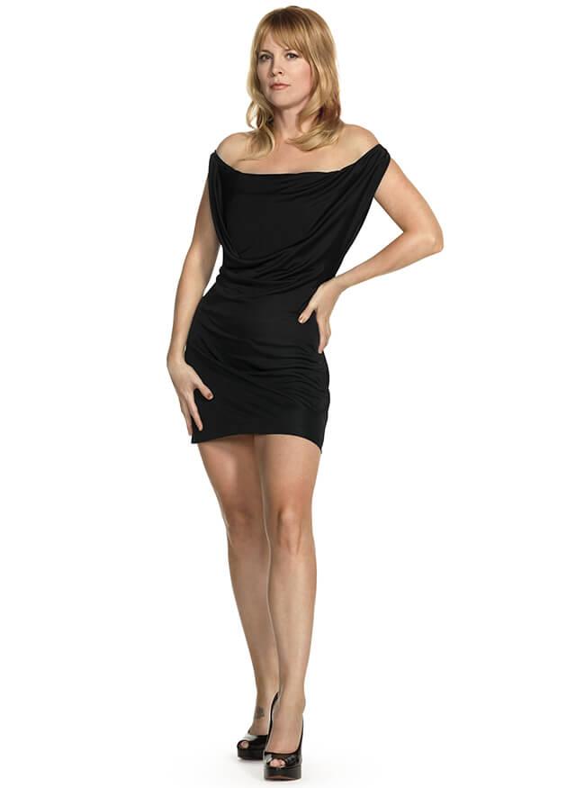 Laurel Holloman Body Measurements Height