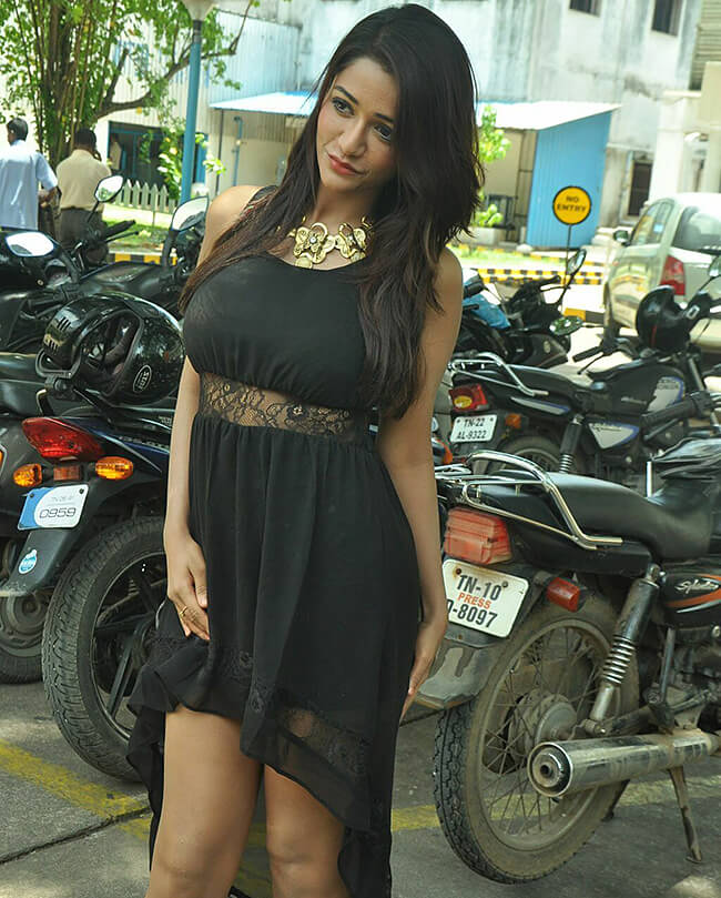 Anaika Soti Sexy Dress